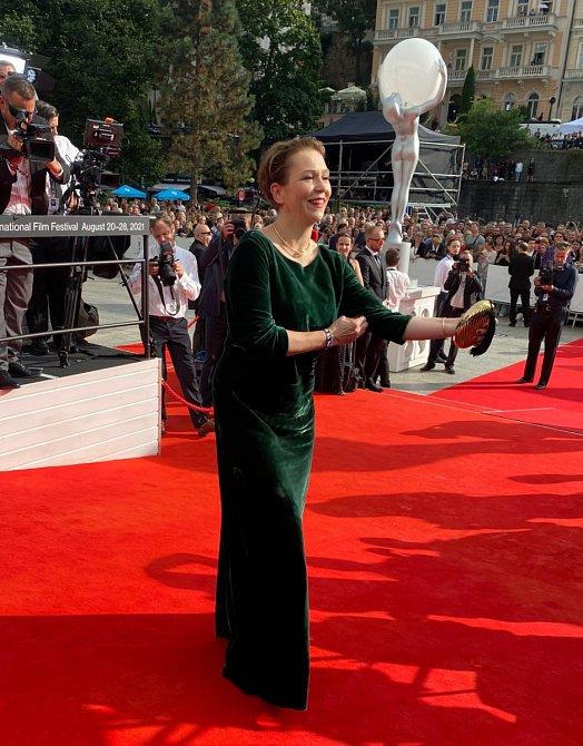 Zuzana Stivínová pochází z umělecké rodiny, jejím tatínkem je jazzový hudebník Jiří Stivín.