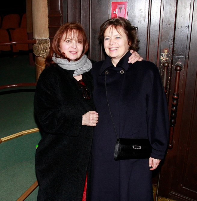 Miroslava Šafránková po letech se sestrou Libuší