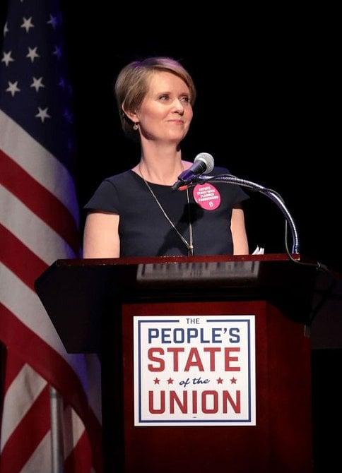 V kampani na post newyorské guvernérky šla Cynthia tvrdě za svým.