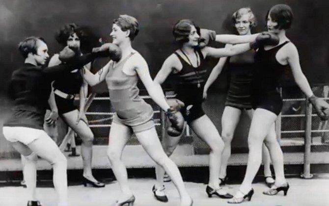 Dámsý box, 1920
