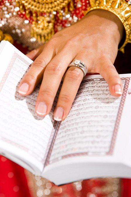 Ilustrační foto - nevěsta muslimka
