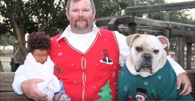 Nejtrapnější vánoční rodinné fotografie