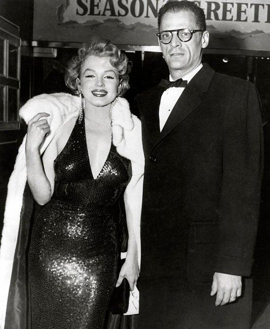 13. Monroe konvertovala k judaimu poté, co si vzala dramatika Arthura Millera. Stalo se tak jen pár let předtím než zemřela.