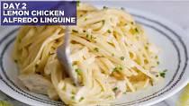 Linguine s kuřetem a citronovou omáčkou - Co budete potřebovat: 4 lžíce másla, 2 stroužky česneku, 1 kelímek šlehačky, sůl a pepř, citronová kůra, citronová šťáva, 1/2 hrnku parmazánu, 1 hrnek pečeného kuřete, 350 gramů uvařen...