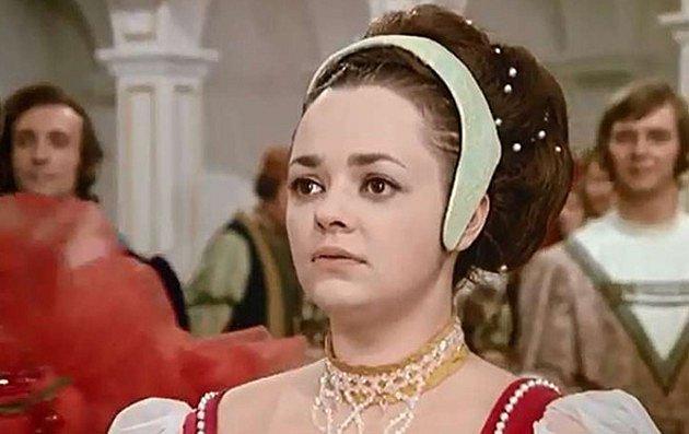 Dana Hlaváčová jako Dora v pohádce Tři oříšky pro Popelku