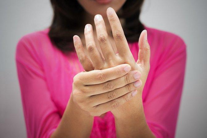 Lymfatický systém je často opomíjený, i když stojí za spoustou drobných zdravotních problémů, které máme tendence řešit léky. Správná funkce lymfy je pro zdraví člověka klíčová.