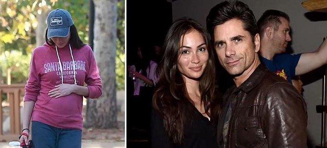 John Stamos (54) se konečně dočká svého prvního potomka, kterého mu přivede na svět manželka Caitlin McHugh (31).