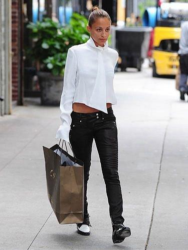 Nicole Richie pomohly nákupy.