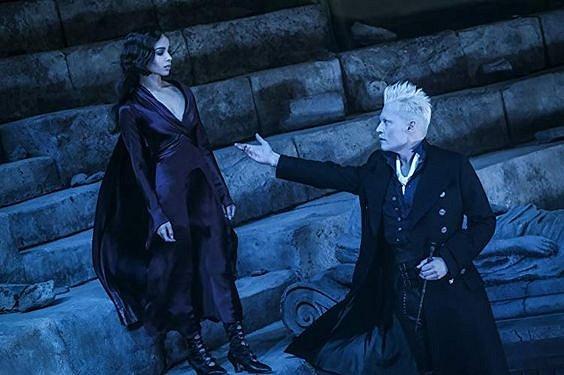 Čaroděj Grindelwald byl poslední Deppovou rolí.