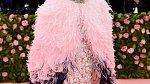 Anna Wintour každoročně pořádá honosný bál Met Gala.