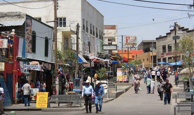 Mexiko, Střední Amerika – Tento stát sice nepatří fakticky do Střední Ameriky, nebo jeho území téměř celé leží v Severní Americe, ale obecně je Mexiko považováno za středoamerický stát. V této oblasti se vyskytují drogy.