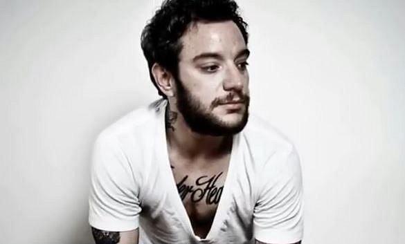 Katastrophe - Rocco Kayiatos je mezi posluchači hip-hopu znám jako Katastrophe. Jeho charakteristický rap si získal mnoho příznivců.