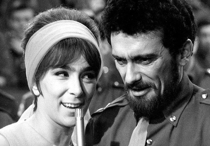 Hana Hegerová a Waldemar Matuška v muzikálu Kdyby tisíc klarinetů