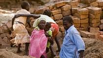 Súdán je africký stát (byl největším africkým státem do 9. července 2011, kdy se osamostatnil Jižní Súdán a největším státem se stalo Alžírsko), nacházející se na jih od Sahary.