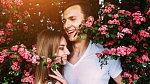 Pokud se daří a po 4 letech váš vztah jen kvete, 4. výročí je květinové.