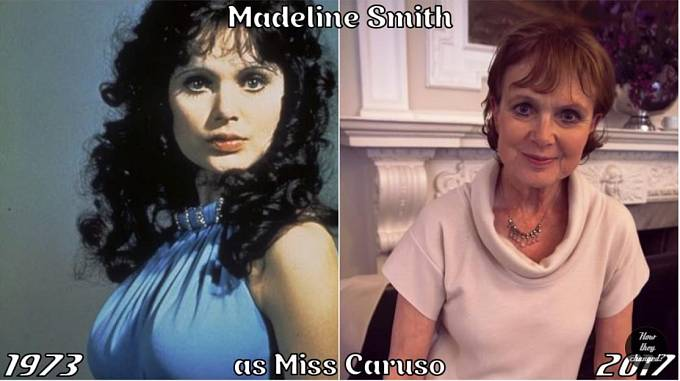 Herečka Madeline Smith coby Miss Caruso