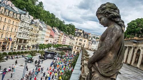 Lázeňským městem proběhnou hvězdy. Mattoni 1/2Maraton Karlovy Vary podpoří i evropské atlety