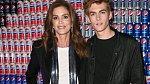 Cindy Crawford se synem Presleym