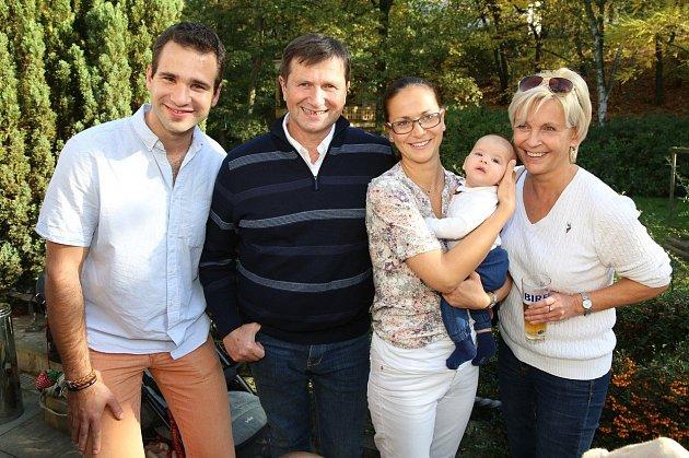 Jan Hrušínský s rodinou