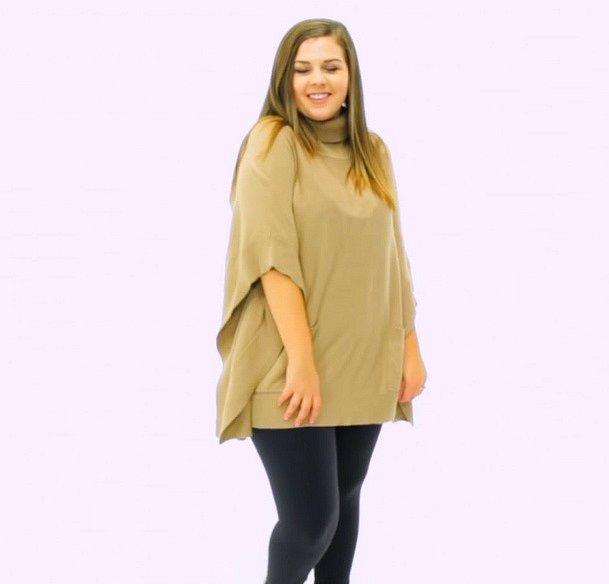 Ale jakmile dáte svetru nový tvar a trochu ho upravíte, hned získá jiný look a můžete ho vesele nosit.