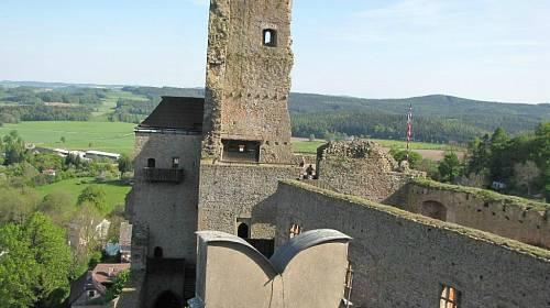 <p>Dominantou Lipnice nad Sázavou je hrad ze 14. století </p>