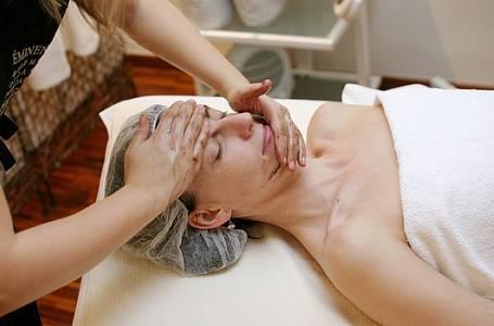 Na vlastní kůži: Luxusní ošetření v salonu Éminence