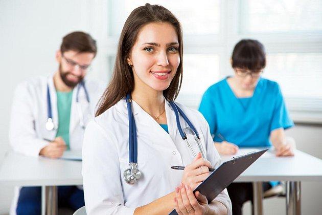 Zdravotní sestry, lékařky
