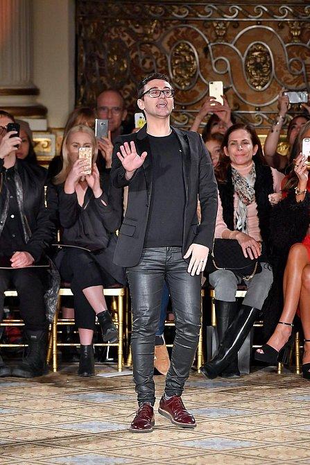 Módní návrhář Christian Siriano na newyorském týdnu módy