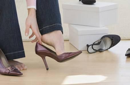 Proč se nám zvětšuje noha?
