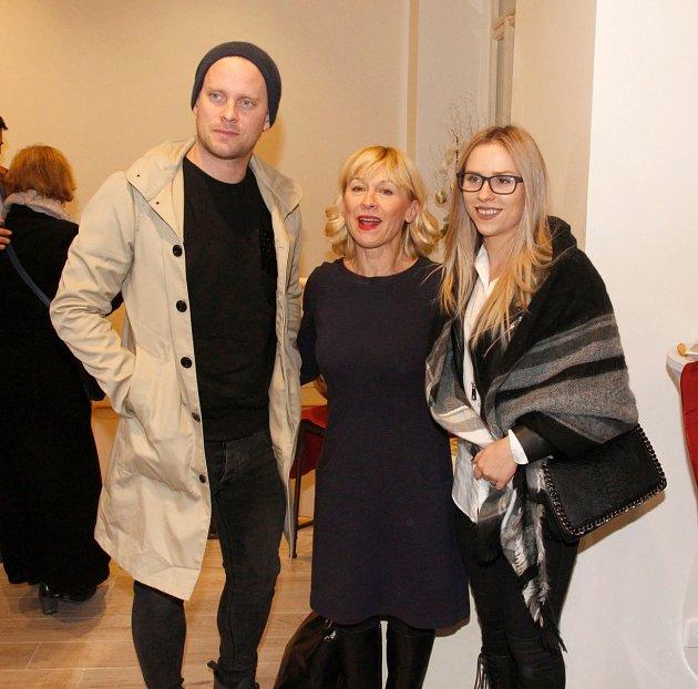 S maminkou Danou Batulkovou a bratrem Jakubem, má Mariana krásný vztah