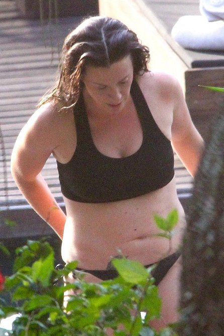 Tyto dámy po těhotenství nehubnou jako zběsilé - Alanis Morissette