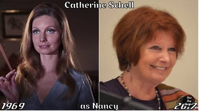 Herečka Catherine Schell coby Nancy