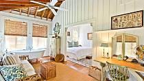 Sandra Bullock prodává jedno ze svých luxusních sídel, na hollywoodské poměry za lidových 6,5 milionu dolarů.