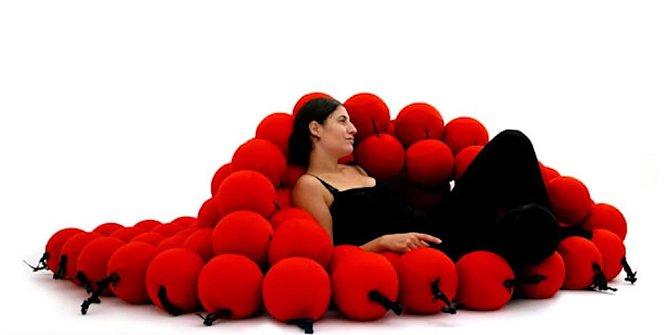 Kuličková postel se přizpůsobí tělu, nikoliv tělo posteli.