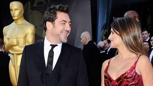 Oskar 2011: Penélope Cruz měsíc po porodu s manželem Javierem Bardemem