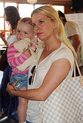 Katerina Kristelova s dcerou