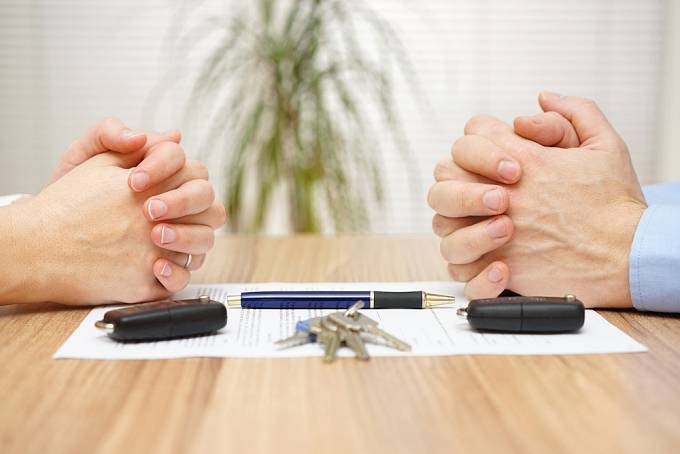 Jestliže se s partnerem dokážete dohodnout, rozvod bude rychlejší a ušetříte spoustu peněz i nervů.