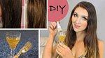 Jak si jednoduše zesvětlit vlasy? Stačí na ně aplikovat čerstvě vymačkanou citronovou šťávu.
