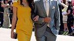 Amal Clooney na královské svatbě