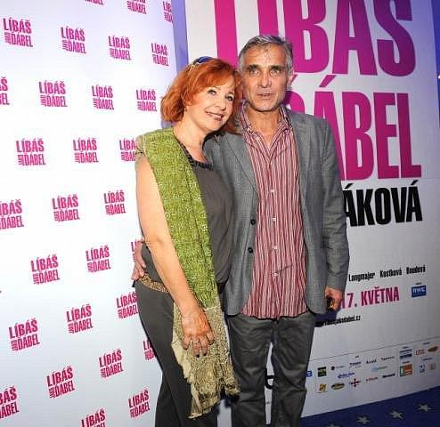 Se svou hereckou partnerkou Kamilou Magálovou