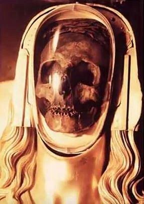 Ostatky Marie Magdalény uložené v basilice