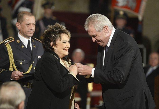 Vřelý vztah má prezident i k herečce Jiřině Bohdalové.