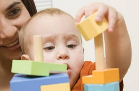Nové tabu: Nebaví mě hrát si se svým dítětem