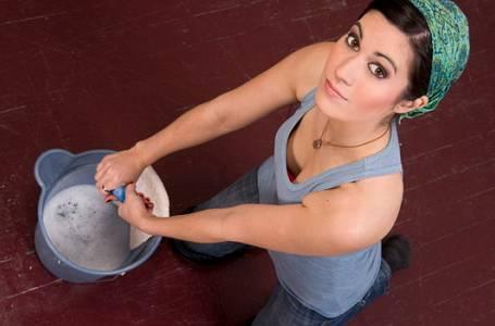 Zapoměňte na kýbl s vodou, zkuste parní čištění!