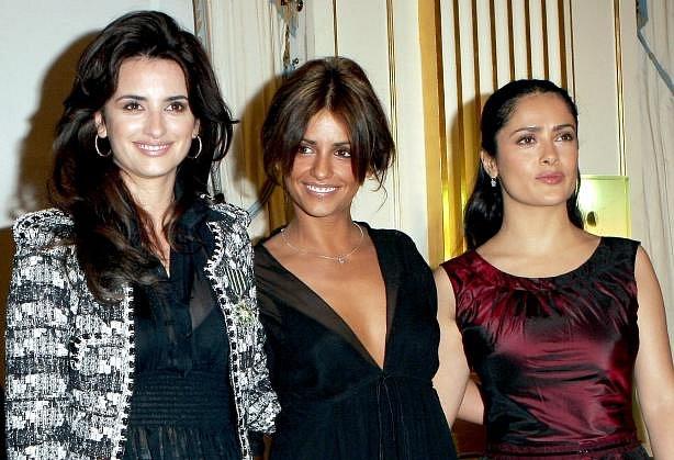 Tři krásné herečky s hispánskou krví: Penélope, Mónica Cruzovy a Salma Hayek