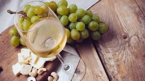 Průvodce vínem: Ke kterým jídlům se hodí?