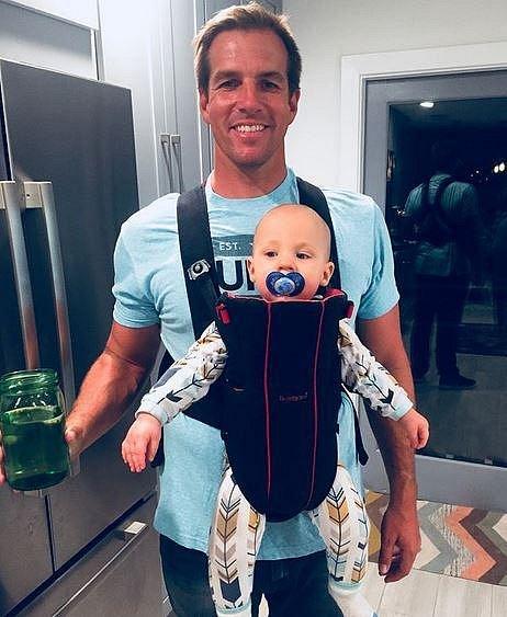 Tady byl Steve ještě spokojený táta a náruživý sportovec...
