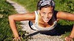 Cvičte! Nebuďte líní a donuťte se pravidelně k pohybu. Stačí 15-20 minut intenzivního cvičení denně.