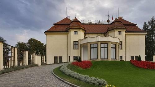 Kam na víkend: Na ochutnávku čokolády, do Kramářovy vily a na světelnou show