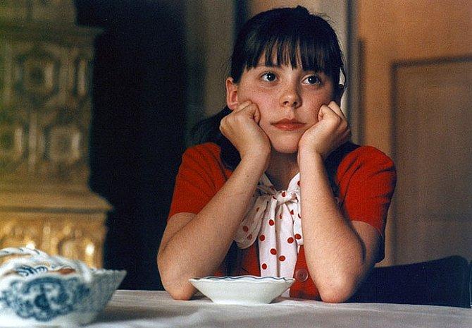 Sylvie Koblížková ve filmu Pelíšky
